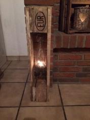 Windlicht m. hängender Flasche - DIY