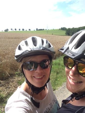 Jules & Käde on the road